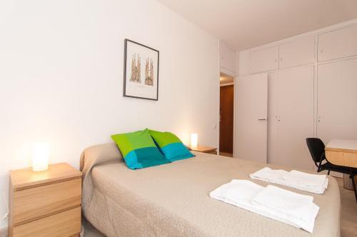 Bbarcelona Apartments Park Güell Flats photo 4