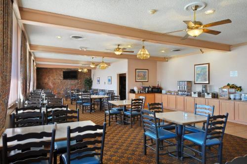Days Inn & Suites Clovis