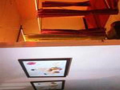 Queen Suriya's Hostel photo 13