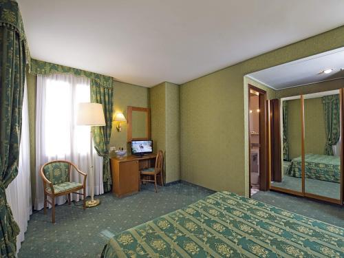 Hotel Spagna photo 6