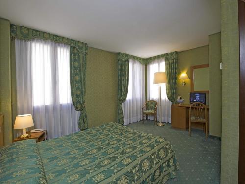 Hotel Spagna photo 8