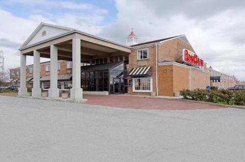 Americas Best Value Inn Lake Erie Sandusky Hotel