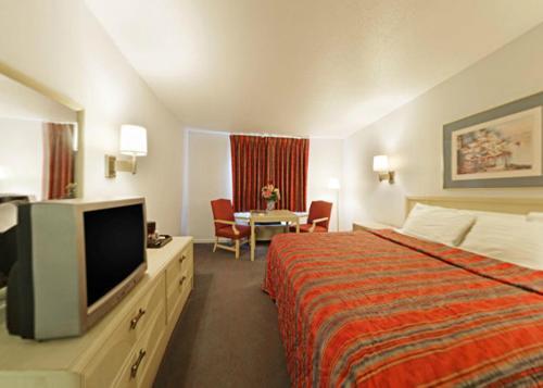Americas Best Value Inn Lake Erie Sandusky Hotel In Oh