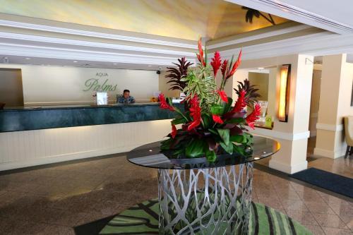 Aqua Palms Waikiki #304 Photo