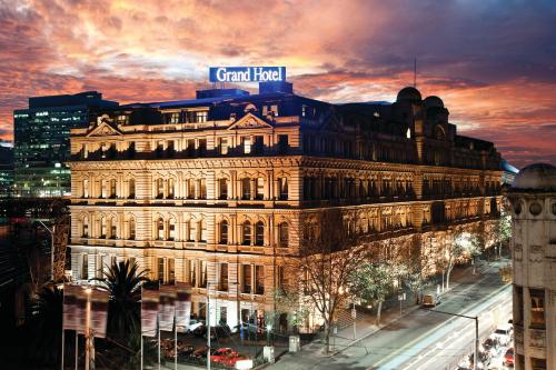 Quest Grand Hotel Melbourne In Chairman Suite 5 Star