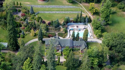 Blaylock Mansion - Nelson, BC V1L 6J7