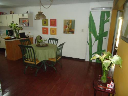 Casa Familiar la Tortuga Photo