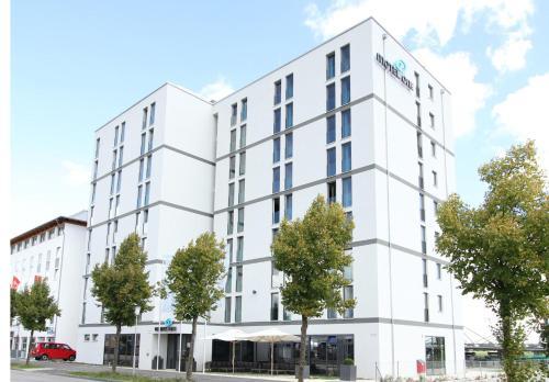 Hotel Gasthof Zur Post Garching