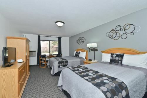 Super 8 By Wyndham Deadwood - Deadwood, SD 57732