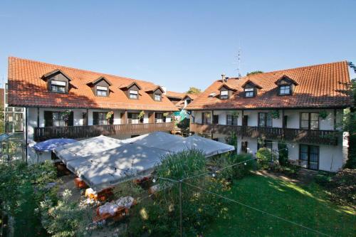 Hotel Neumayr photo 5