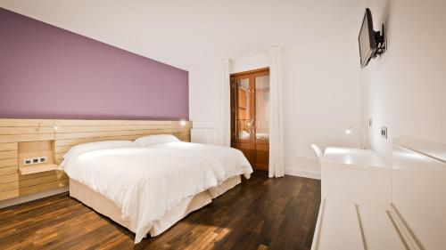 Standard Twin Room - single occupancy Hotel Las Casas de Pandreula 22