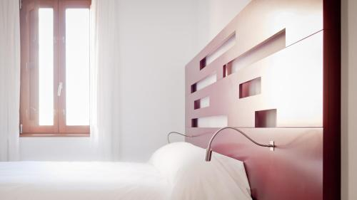 Standard Twin Room - single occupancy Hotel Las Casas de Pandreula 23