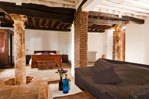 Suite Familiar (2 adultos + 2 niños) Hotel Cortijo del Marqués 16