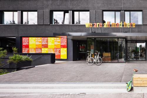 Lerchenfelder Str. 1-3, 1070 Vienna, Austria.
