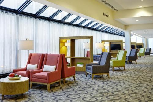 DoubleTree by Hilton Washington DC – Crystal City Photo