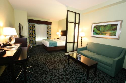 Comfort Suites At Fairgrounds Casino