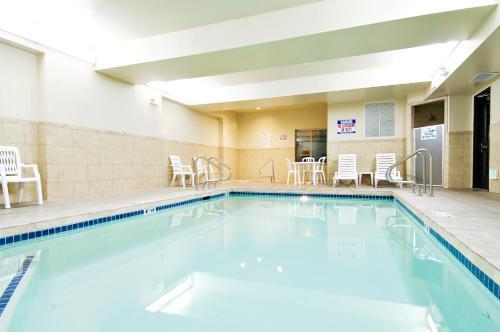 Holiday Inn Express Hotel & Suites Moses Lake - Moses Lake, WA 98837