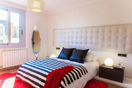 BizFlats Eixample Apartments photo 6