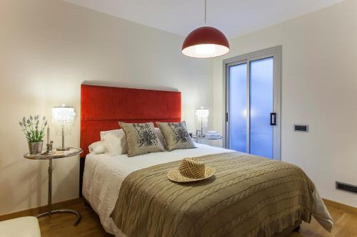 BizFlats Eixample Apartments photo 8