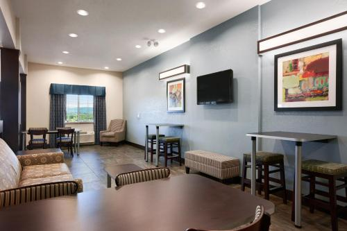 Microtel Inn & Suites Wilkes-Barre - Wilkes Barre, PA 18702