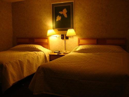 Blue Bird Hotel - Melfort, SK S0E 1A0