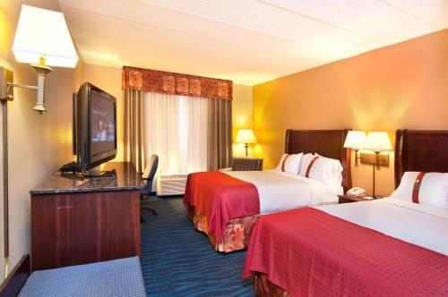 Holiday Inn Hotel And Suites Council Bluffs - Council Bluffs, IA 51501