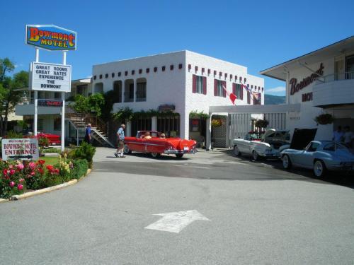 Bowmont Motel - Penticton, BC V2A 5Y3