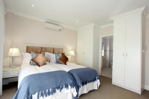Amethyst Sunbird Apartments Photo