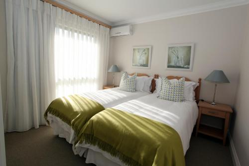 Olive Sunbird Apartments Photo