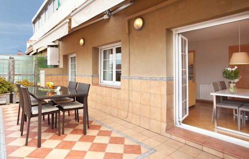 LetsGo Sagrada Familia Penthouse photo 5