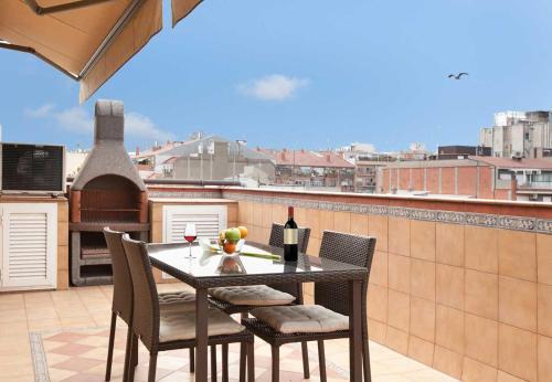 LetsGo Sagrada Familia Penthouse impression