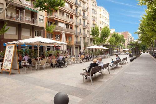 LetsGo Sagrada Familia Penthouse photo 15