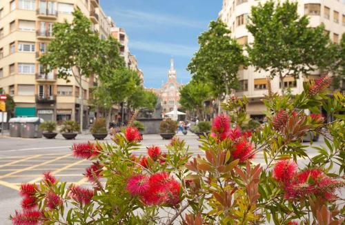 LetsGo Sagrada Familia Penthouse photo 24