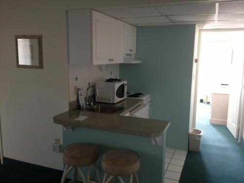 Biscayne Suites - Ocean City, NJ 08226