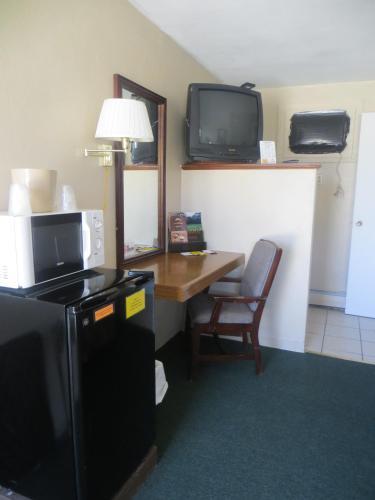 Budget Inn Denison - Denison, IA 51442