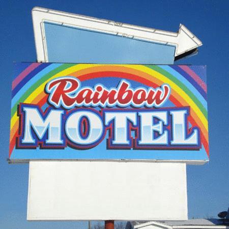 Rainbow Motel Photo