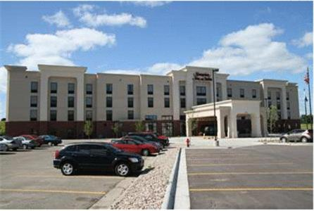 Hotels Airbnb Vacation Als In Brookings South Dakota Usa Trip101
