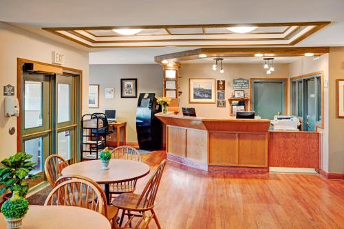 Coastal Inn Halifax - Halifax, NS B3S 1A2