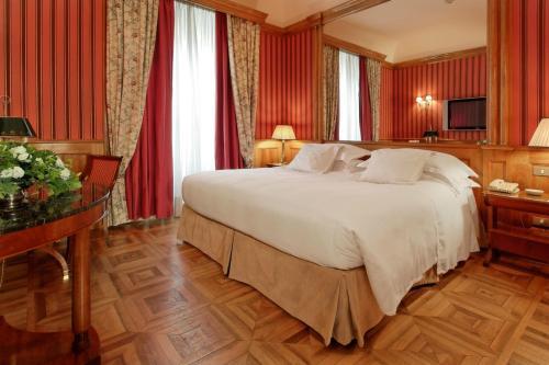 Via Carlo Alberto 35, 10123 Turin, Piedmont, Italy.