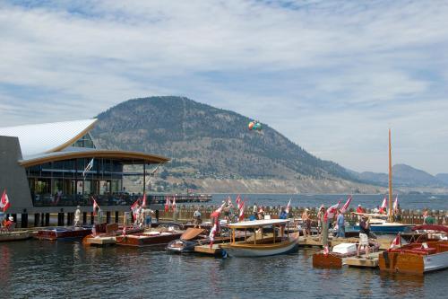 Penticton Lakeside Resort Photo