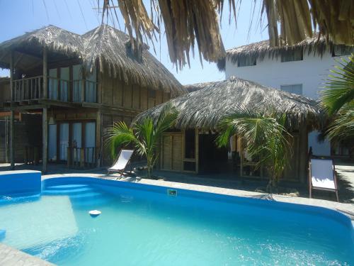 Hotel Puerto Antiguo Photo