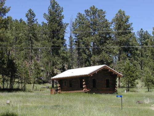 Renegade Log Cabin - Custer, SD 57730