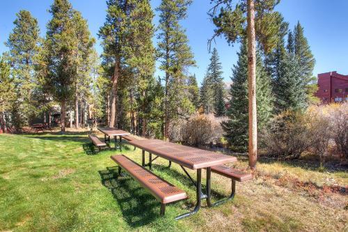 Breckenridge Park Meadows - Breckenridge, CO 80424