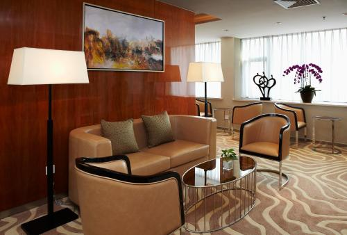 Ramada Plaza Shanghai Pudong Airport photo 4