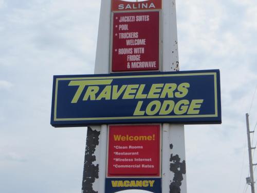 Traveler's Lodge - Salina, KS 67401