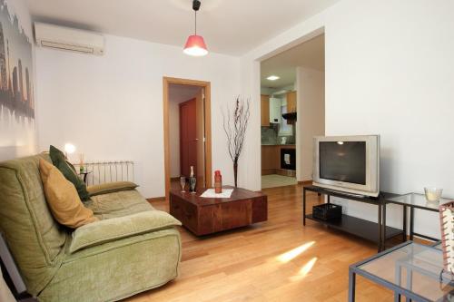 Lovely Apartment in Sagrada Familia photo 2