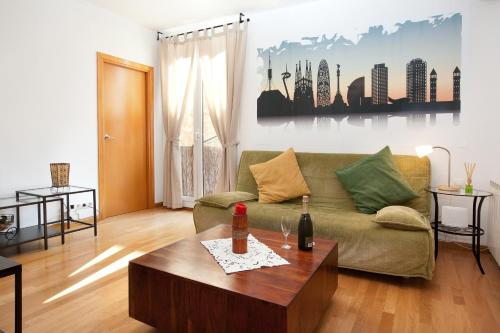 Lovely Apartment in Sagrada Familia photo 3