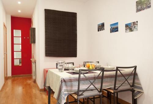 Lovely Apartment in Sagrada Familia photo 4