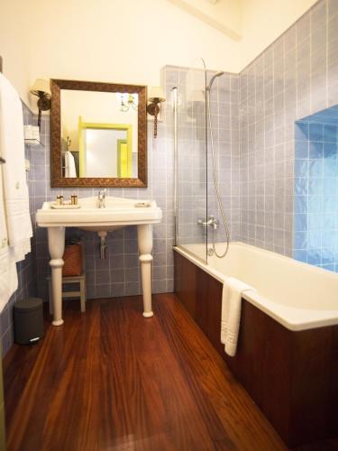 Habitación Doble Superior con terraza Hotel Quinta de San Amaro 15
