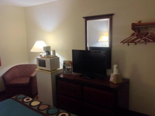 Super 8 By Wyndham Augusta/ft Gordon Area - Augusta, GA 30909